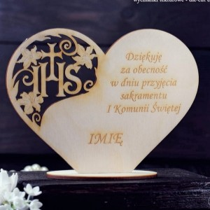 Communion heart on stand